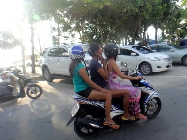 14 phuket scooter rijden