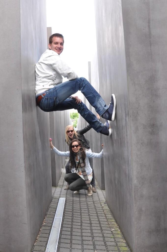 5 Holocaust Memorial