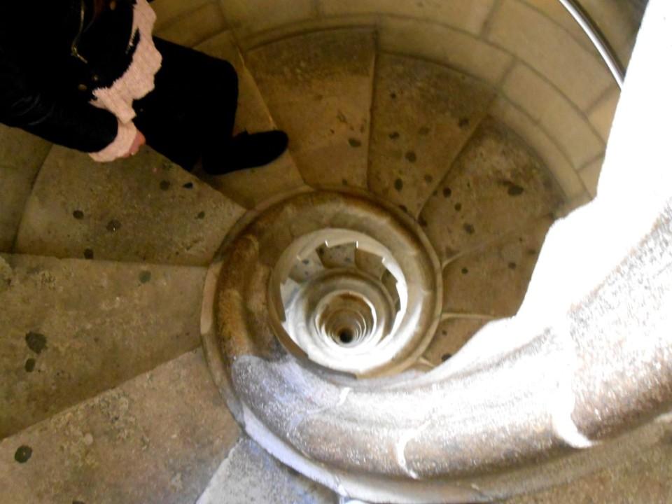 12 inside sagrada familia staircase