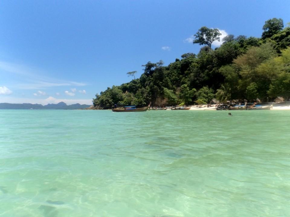2 bamboo island koh phi phi