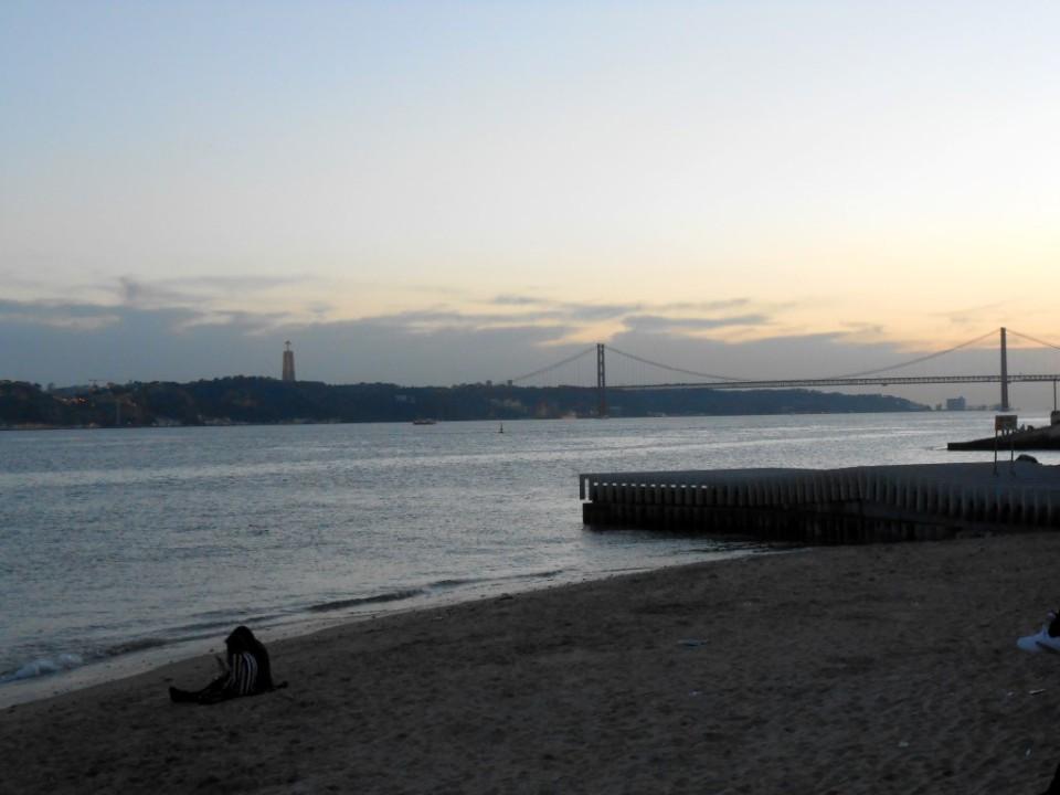 2 lisbon ponte de 25 abril