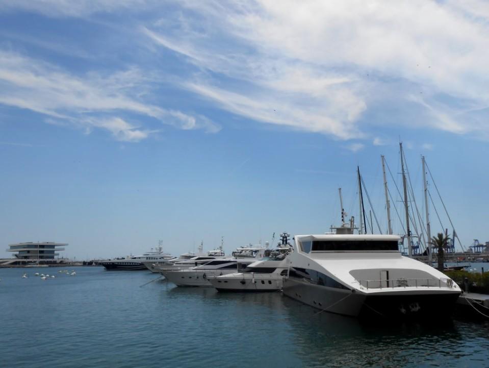 6 valencia port